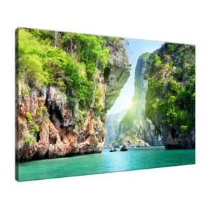 Skały i morze w Tajlandii...